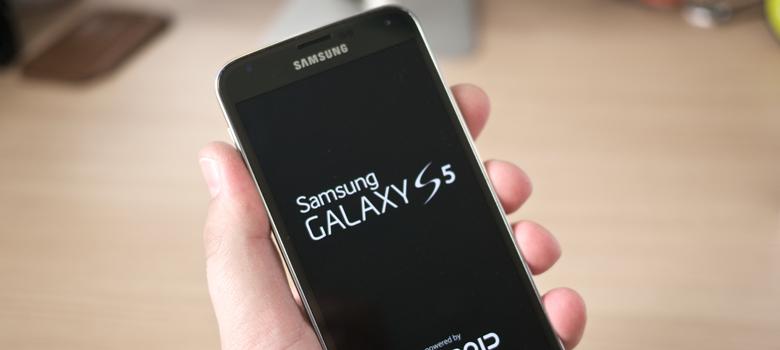 Samsung S5 vs iPhone 6